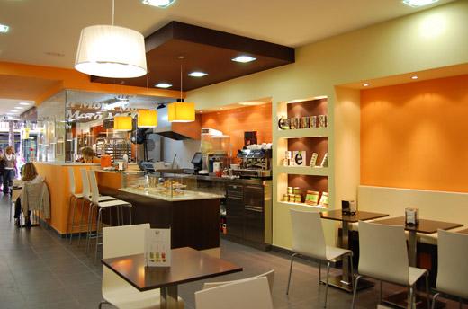 Decoracion de cafeterias originales for Decoracion de unas cafes