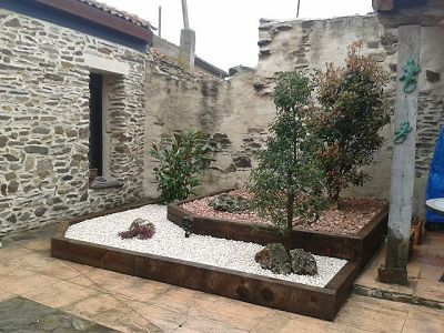 Decoraci n de patios rusticos for Decoracion de patios pequenos exteriores